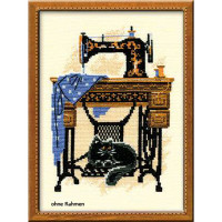Riolis counted cross stitch Kit Cat with Sewing Machine, DIY