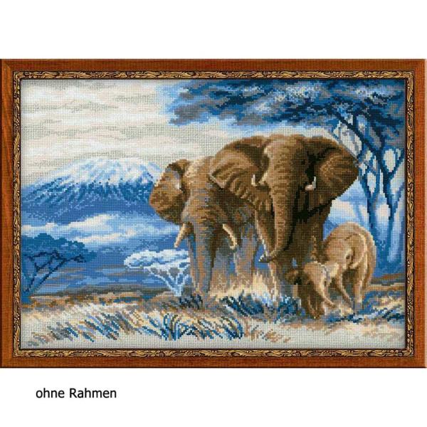 Riolis counted cross stitch Kit Elephants in the Savannah, DIY