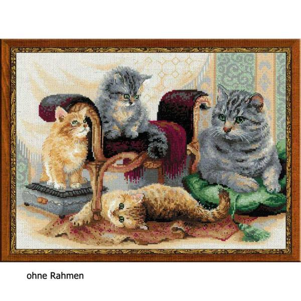 Riolis counted cross stitch Kit Feline Family, DIY